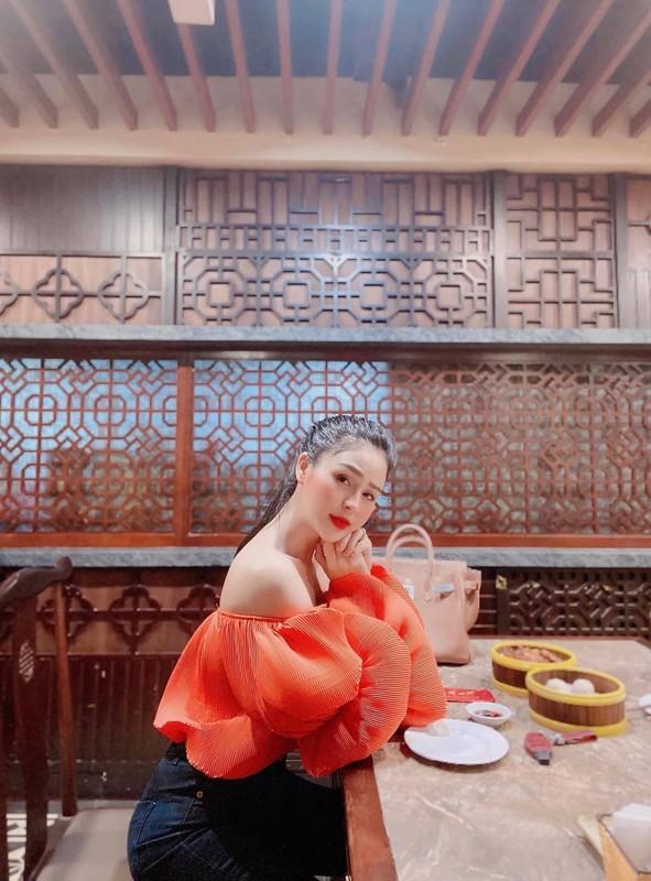 """Ve goi cam cua nu chinh """"Huong duong nguoc nang"""" Luong Thu Trang-Hinh-10"""