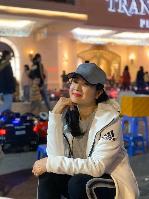 Soi cuoc song cua NSND Thu Ha sau nhieu nam vang bong-Hinh-7