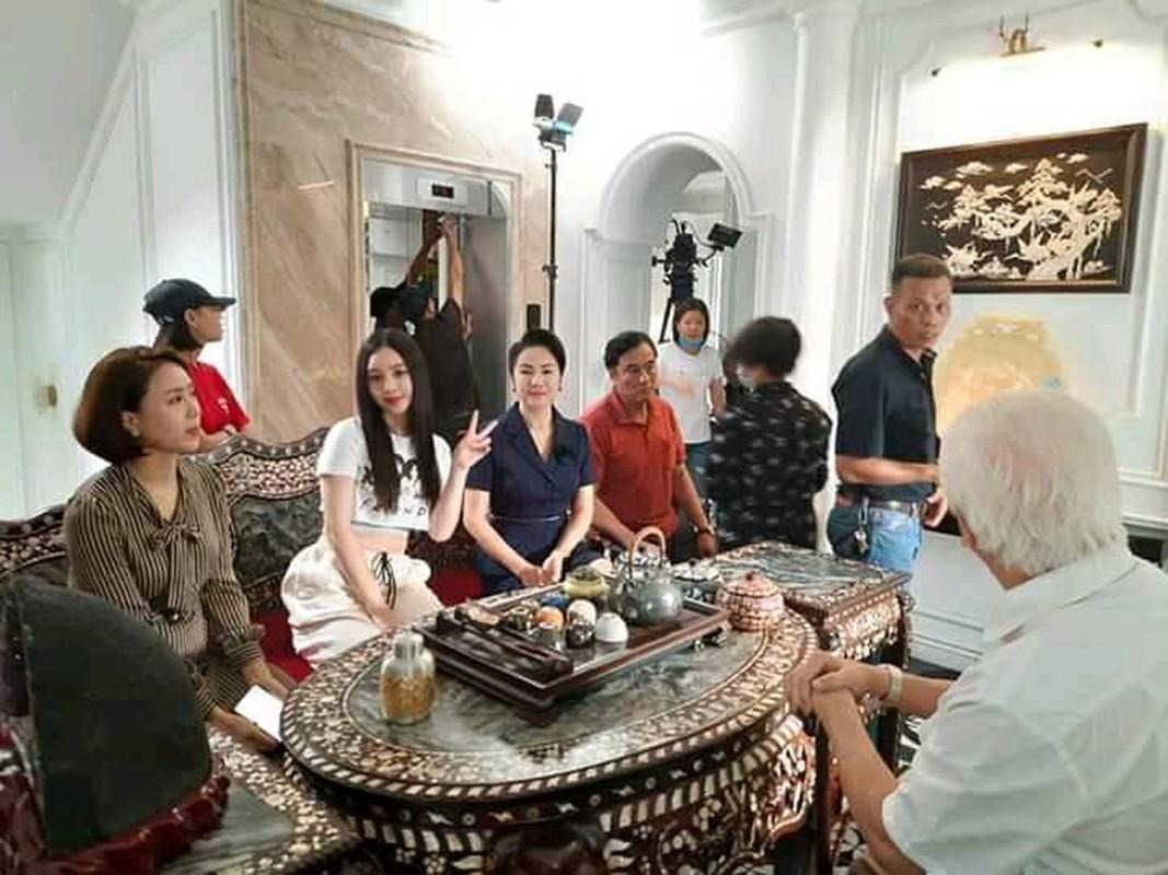 "Anh hau truong thu vi phim ""Huong duong nguoc nang""-Hinh-2"