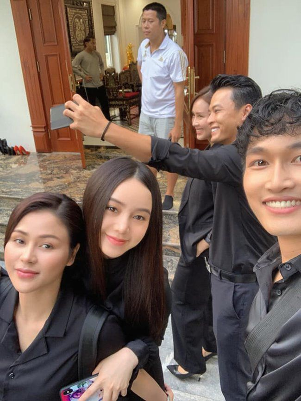 "Anh hau truong thu vi phim ""Huong duong nguoc nang""-Hinh-3"