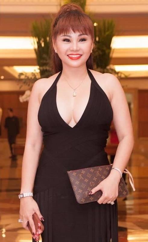 """Bi dang anh da nhan nheo, nhan sac Le Giang ra sao hau """"dao keo""""?-Hinh-9"""