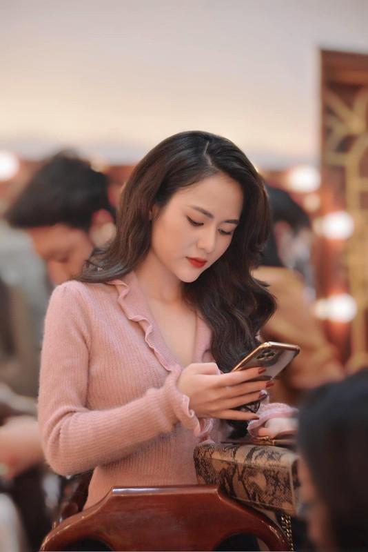 """Ve dep doi thuong cua dien vien Viet Hoa """"Tro ve giua yeu thuong""""-Hinh-4"""