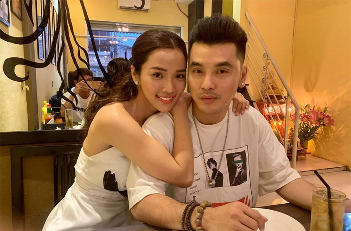 Vo Ung Hoang Phuc tre xinh phat hon du 3 lan sinh con-Hinh-10