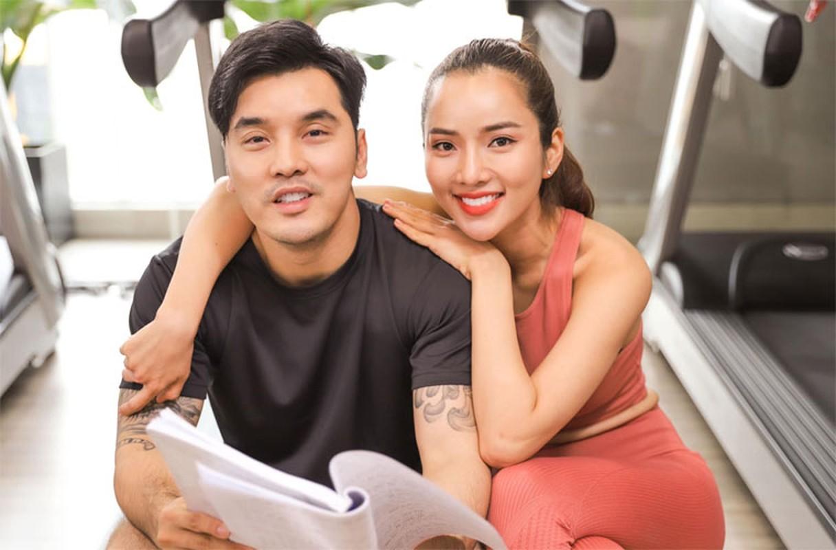 Vo Ung Hoang Phuc tre xinh phat hon du 3 lan sinh con-Hinh-16