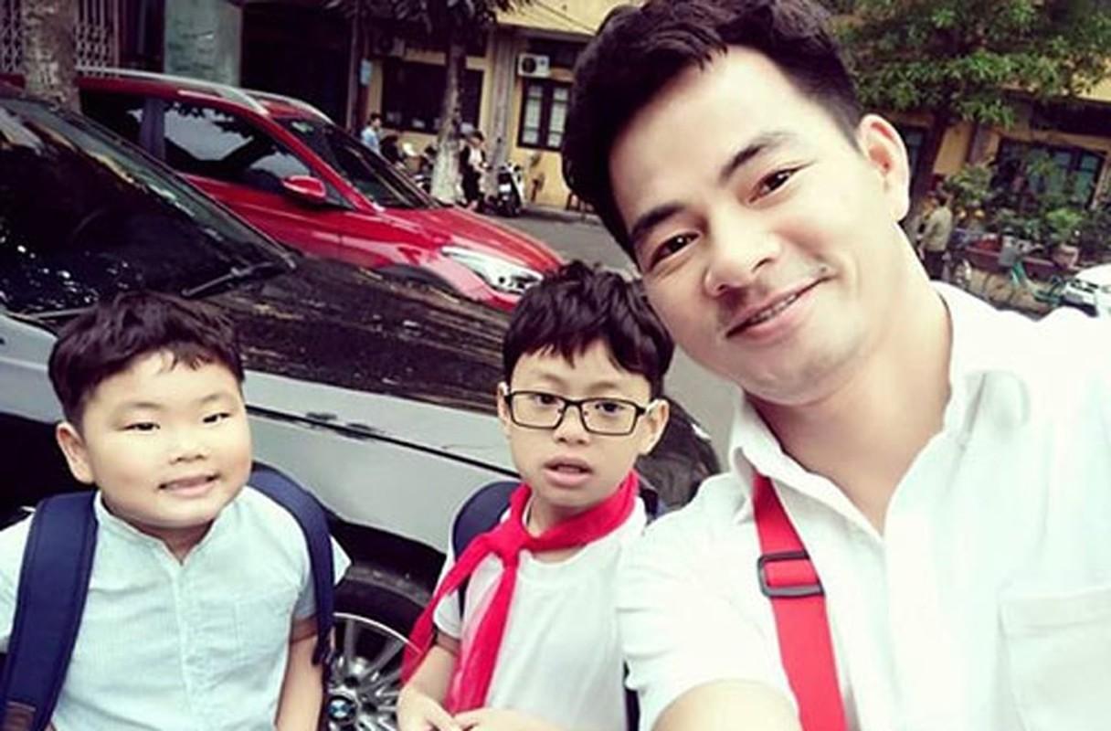 Cuoc song vien man cua Xuan Bac ben vo dep va 3 con trai-Hinh-7