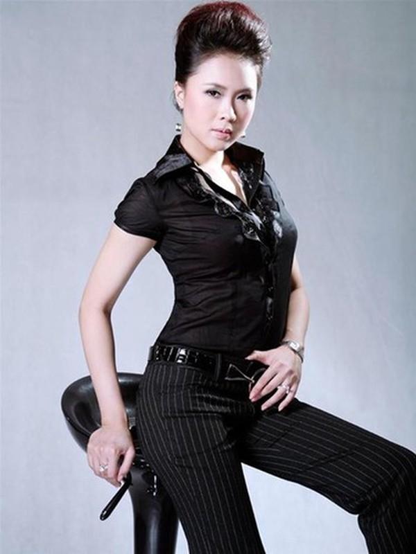 Hong Diem tung thi hoa hau va hon nhan kin tieng ben chong doanh nhan-Hinh-4