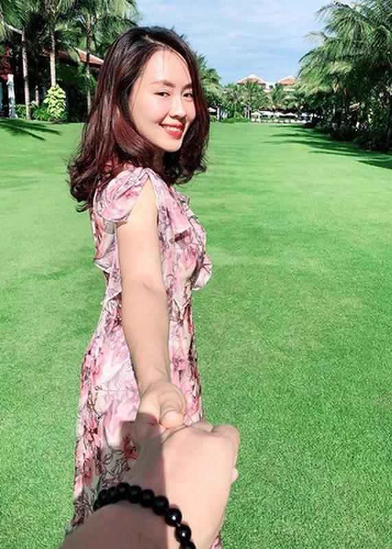 Hong Diem tung thi hoa hau va hon nhan kin tieng ben chong doanh nhan-Hinh-7