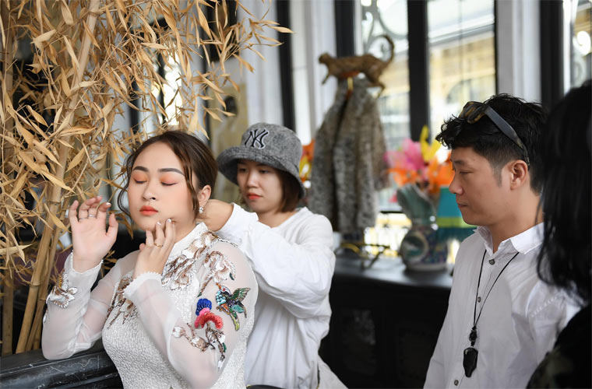 Con gai Thanh Lam hanh phuc trong hau truong chup anh cuoi-Hinh-9