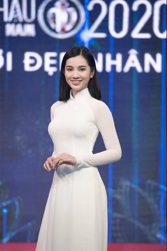 Nhan sac nguoi tinh tin don kem 27 tuoi cua chong cu Le Quyen-Hinh-4