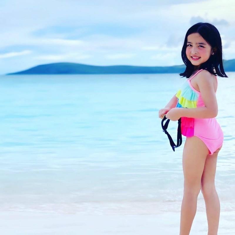 """2 con nhu thien than cua """"my nhan dep nhat Philippines"""" gio ra sao?-Hinh-10"""
