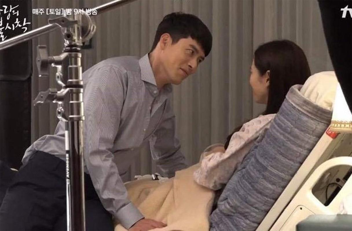 Loat anh tinh phat ghen cua Son Ye Jin va Hyun Bin-Hinh-12