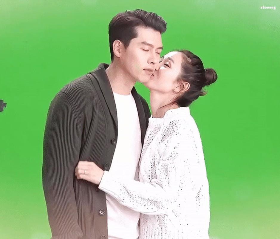 Loat anh tinh phat ghen cua Son Ye Jin va Hyun Bin-Hinh-14