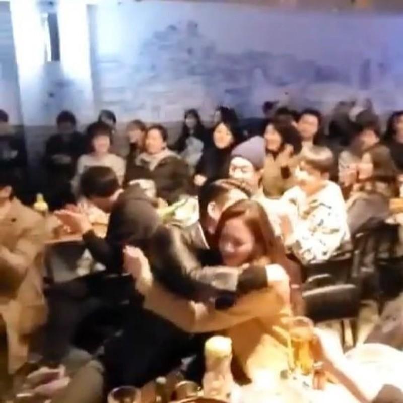 Loat anh tinh phat ghen cua Son Ye Jin va Hyun Bin-Hinh-8