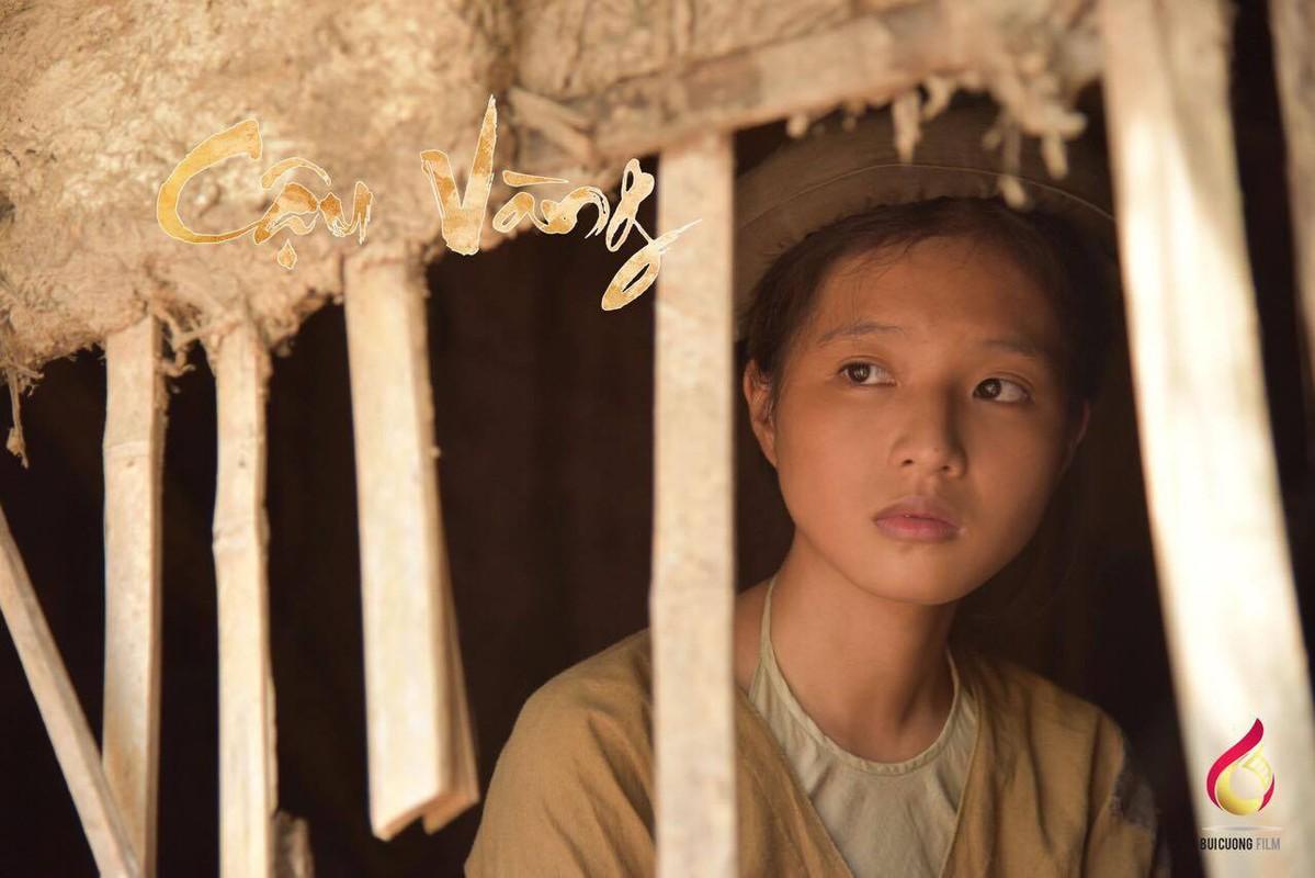 "Nhan sac hot girl Ngoai Thuong vao vai nguoi o trong ""Cau Vang""-Hinh-4"