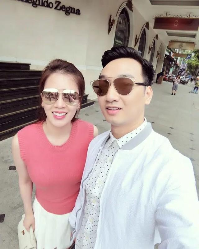 To am cua MC Thanh Trung va vo cuu tiep vien hang khong-Hinh-2
