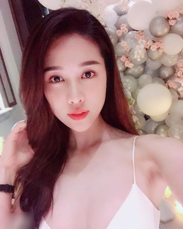 "Nhan sac doi thuong cua my nhan hai Tet ""Lang e vo""-Hinh-7"