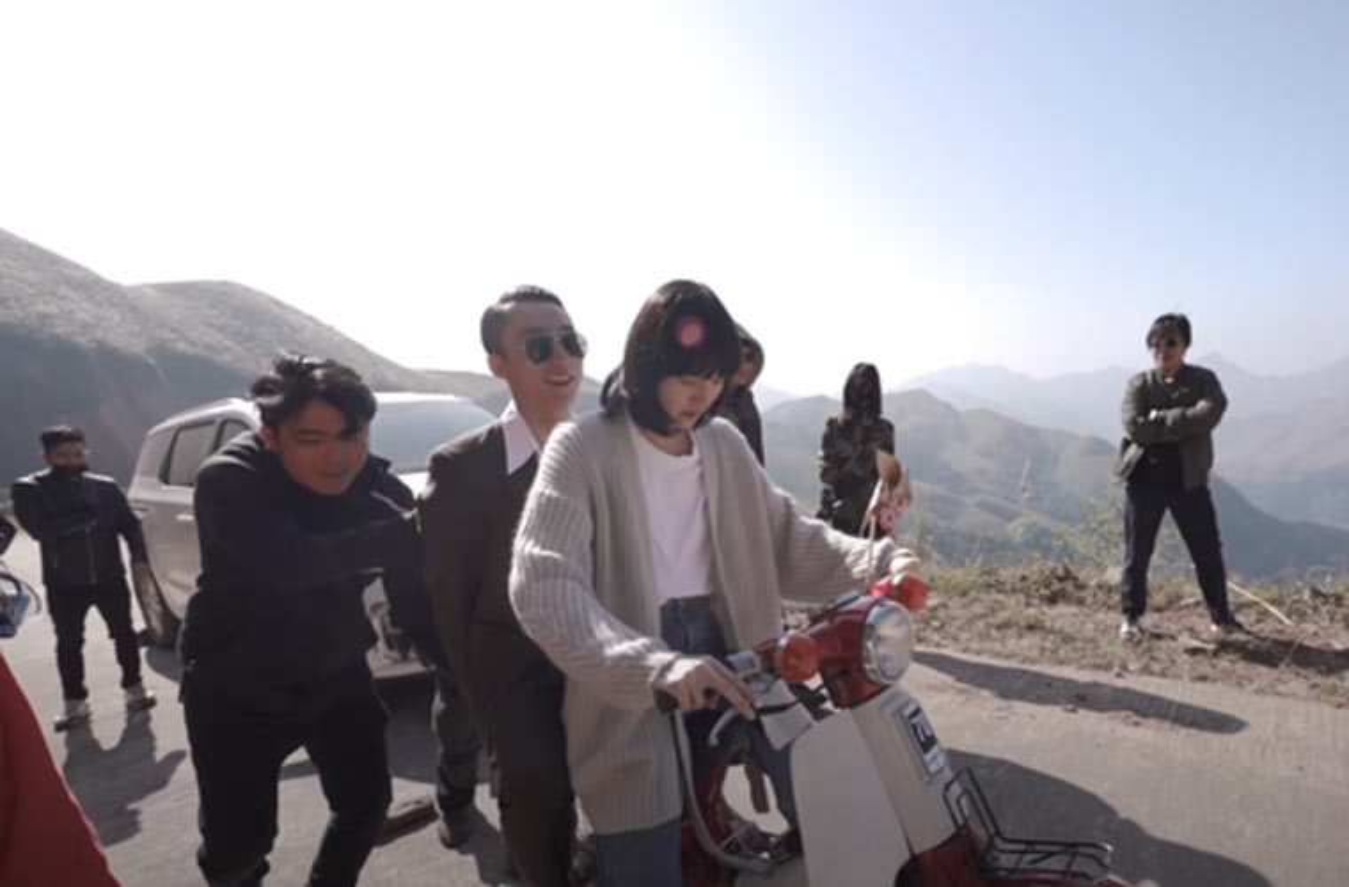 Anh ngot ngao cua Hai Tu – Son Tung M-TP khi dong chung MV-Hinh-8
