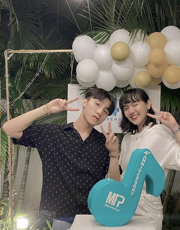 Anh ngot ngao cua Hai Tu – Son Tung M-TP khi dong chung MV-Hinh-9