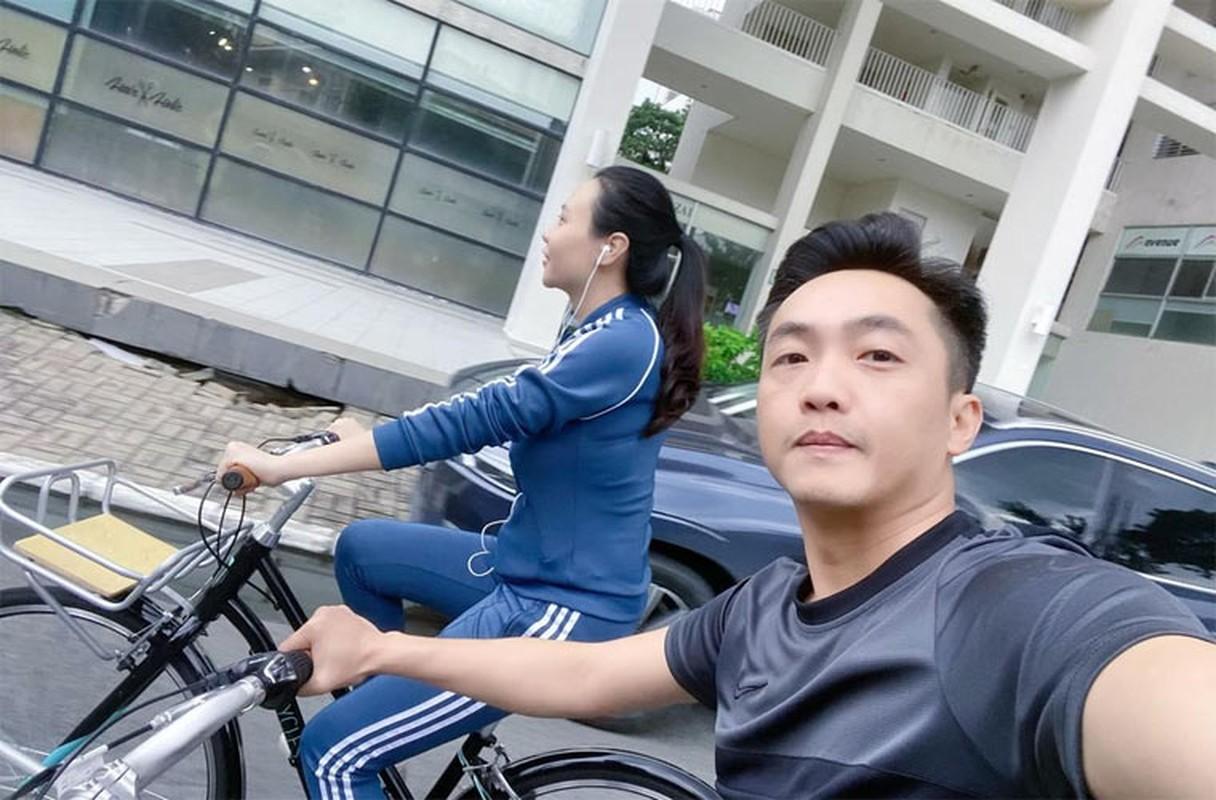Doi thuong binh di cua Cuong Do la - Dam Thu Trang ben hai con-Hinh-11