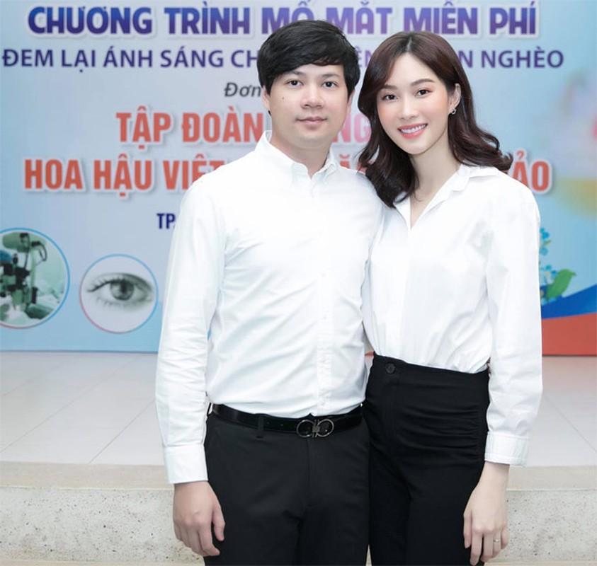 Da hai con, Hoa hau Dang Thu Thao van xinh het phan thien ha!-Hinh-4