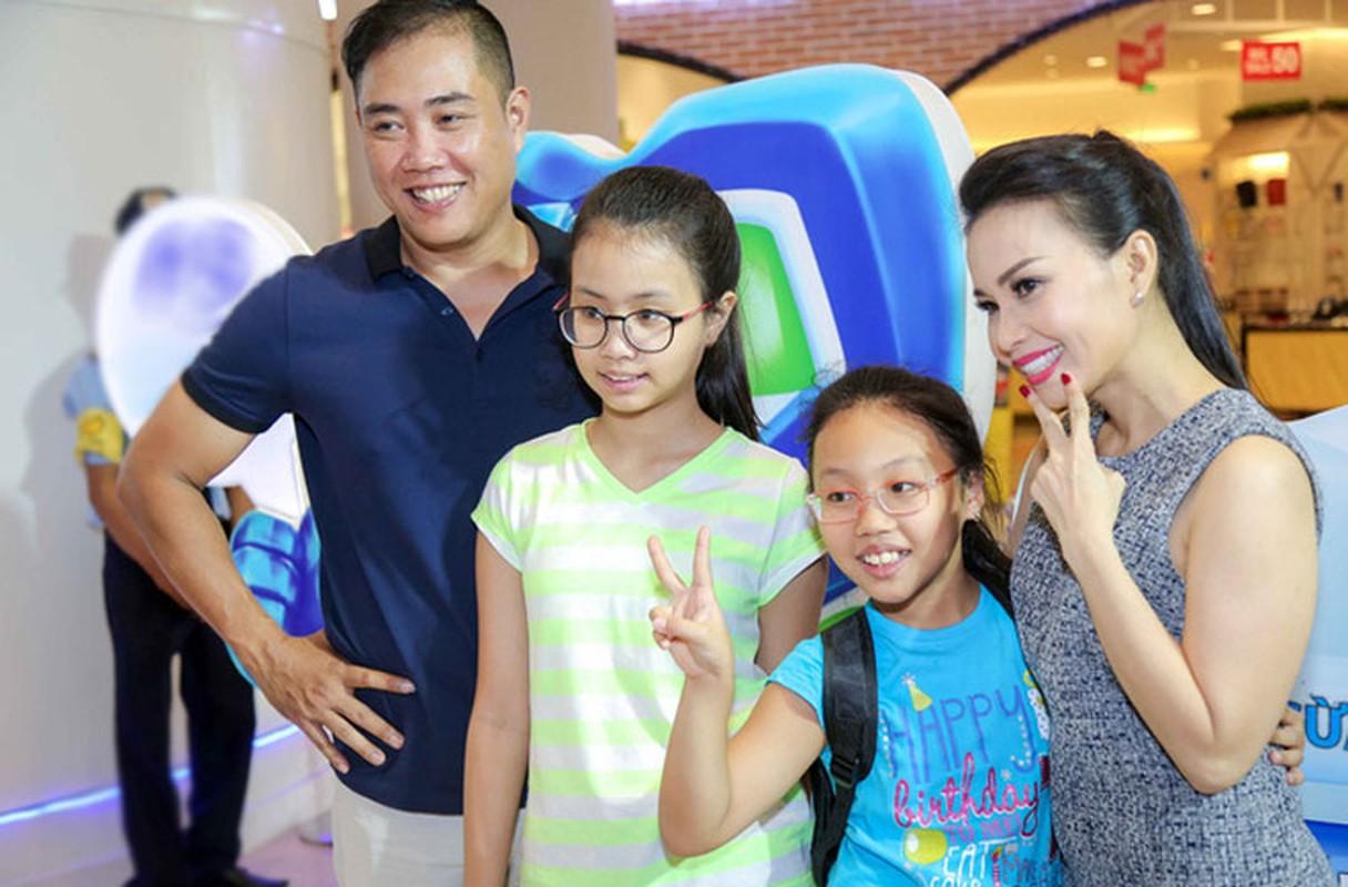 Hon nhan vien man cua ca si dong Thien hau trong Tao Xuan 2021-Hinh-9
