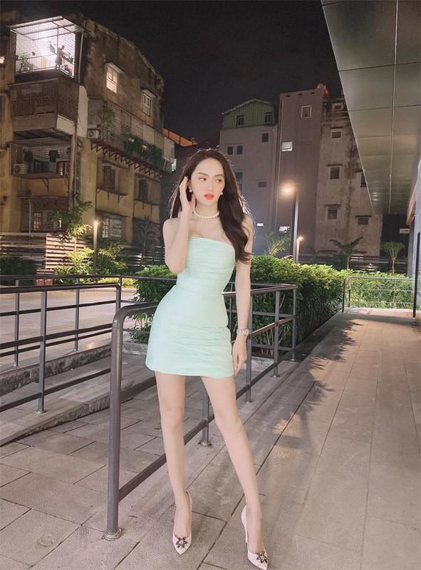Hoa hau Huong Giang khoe dang nuot voi vay bo goi cam-Hinh-5