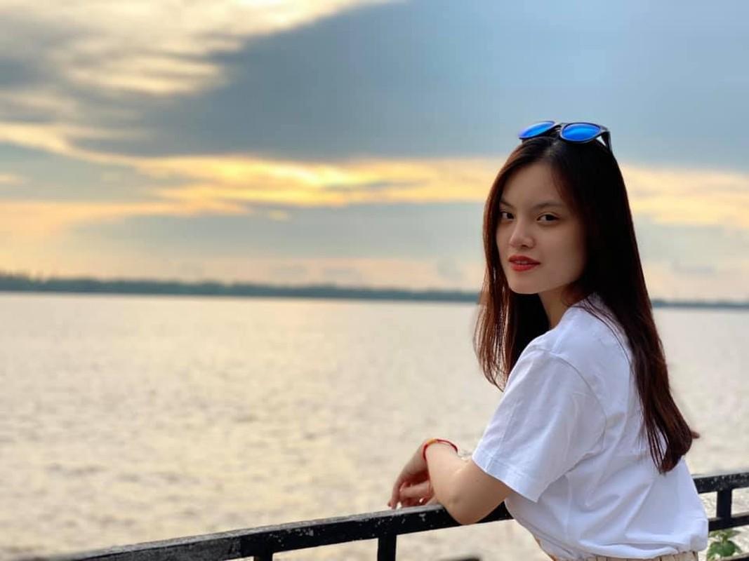 Nhan sac ban gai kem 16 tuoi cua Doan Minh Tai-Hinh-7