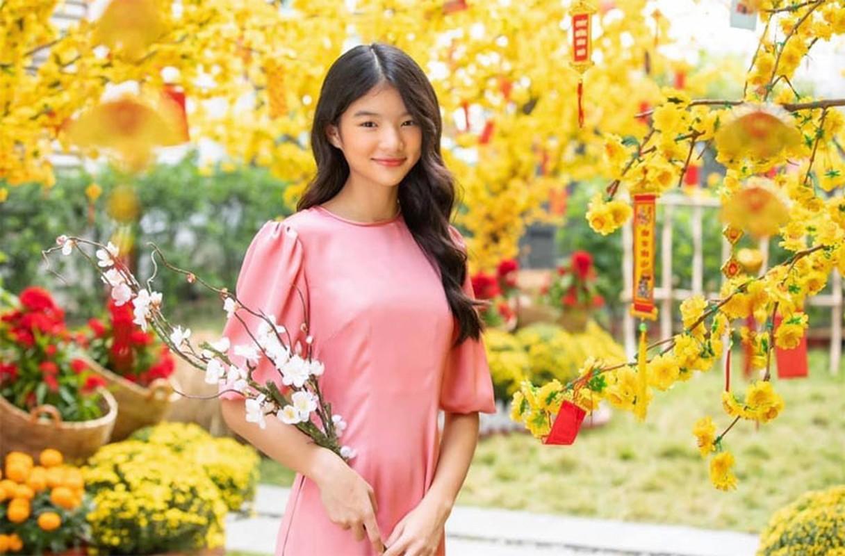 Con gai Truong Ngoc Anh - Tran Bao Son ra dang thieu nu o tuoi 13-Hinh-2