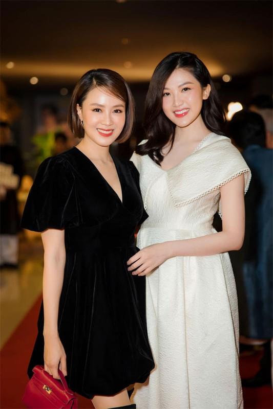 """Hong Diem """"Huong duong nguoc nang"""" tre xinh phat hon o tuoi U40-Hinh-7"""