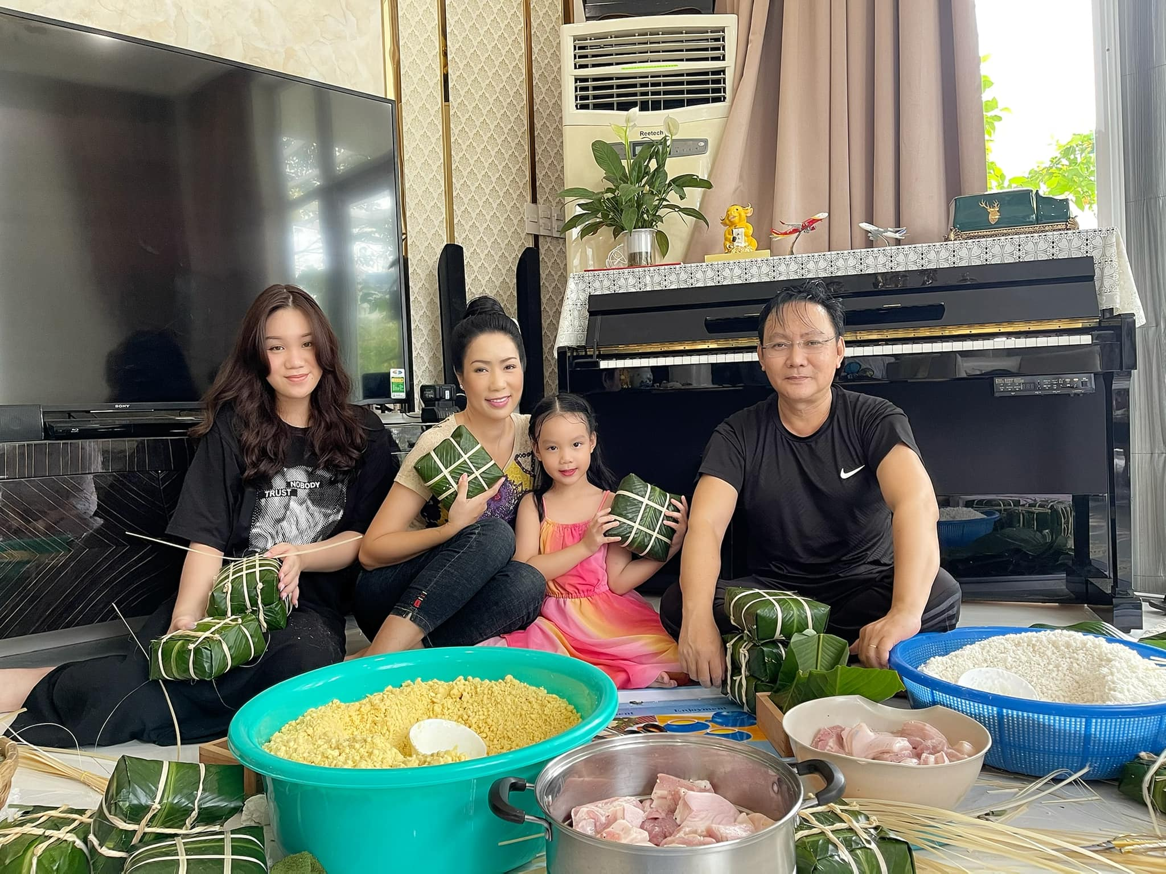 Hon nhan cua A hau Trinh Kim Chi ben chong Viet kieu-Hinh-6