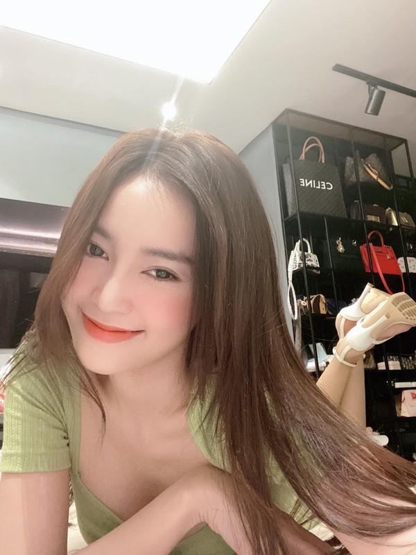 Loat anh goi cam lo hinh xam ngang nguc cua Ninh Duong Lan Ngoc-Hinh-8