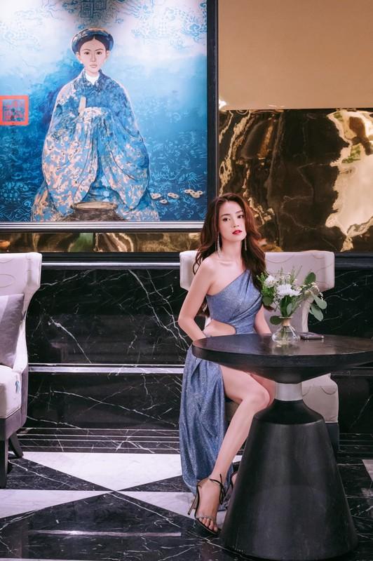 Loat anh goi cam lo hinh xam ngang nguc cua Ninh Duong Lan Ngoc-Hinh-9
