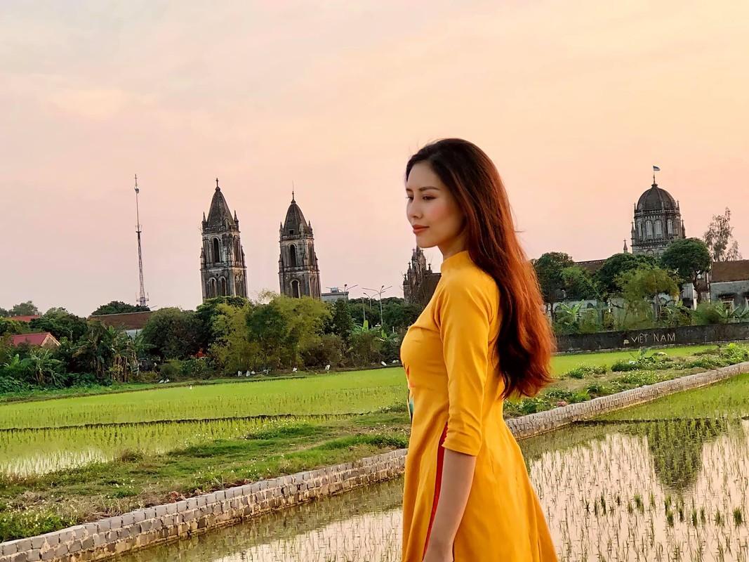 Sau 5 nam thi Hoa hau Hoa binh Quoc te, Nguyen Thi Loan ra sao?-Hinh-3