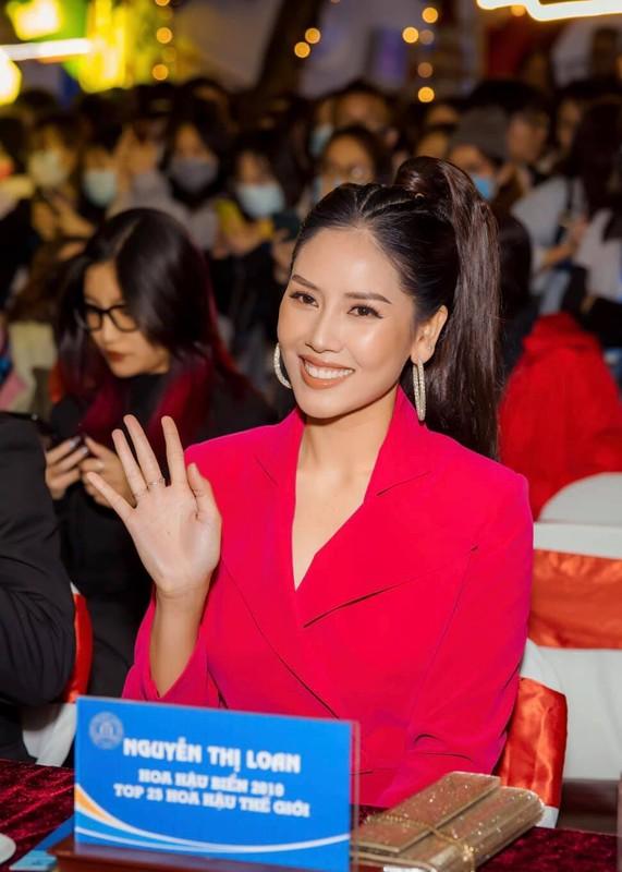 Sau 5 nam thi Hoa hau Hoa binh Quoc te, Nguyen Thi Loan ra sao?-Hinh-5