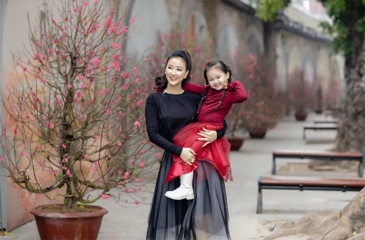 Hoa Minzy va loat sao Viet bi mat mang bau, sinh con-Hinh-6