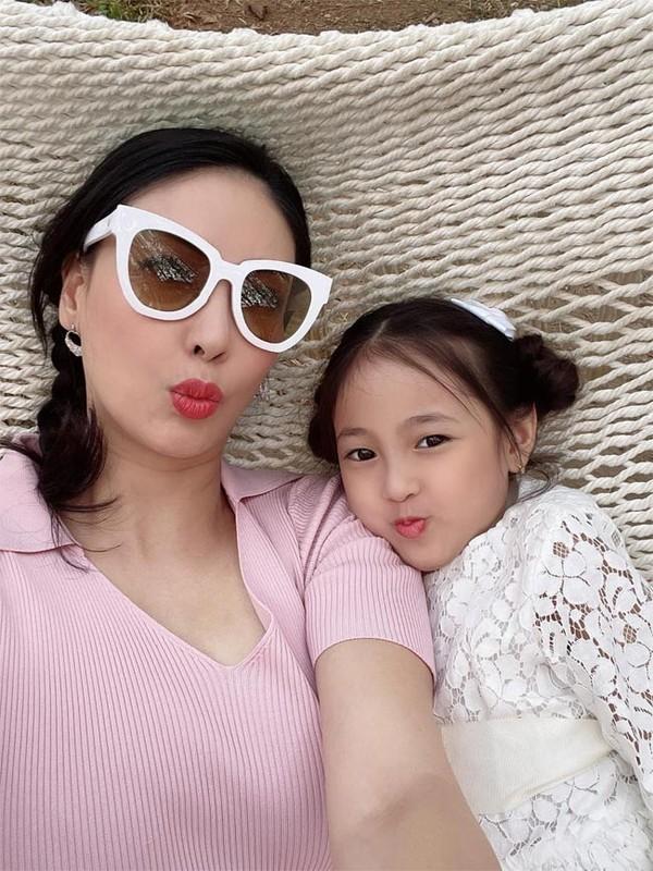 Hoa Minzy va loat sao Viet bi mat mang bau, sinh con-Hinh-9