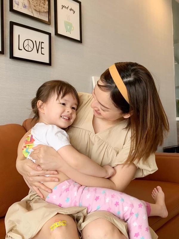 Con gai lai Tay cua Lan Phuong dang yeu nhu thien than-Hinh-3