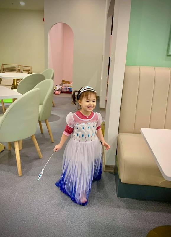 Con gai lai Tay cua Lan Phuong dang yeu nhu thien than-Hinh-5