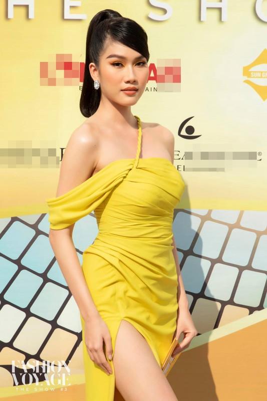 """Kieu Loan """"buc tu"""" vong 1, do sac cung dan hoa hau, a hau-Hinh-5"""