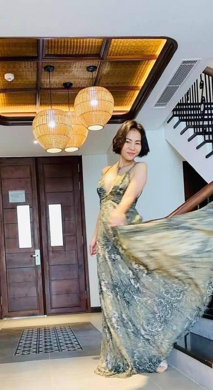 Xuyt xoa vong 2 san chac, noi co cua Thu Minh-Hinh-8