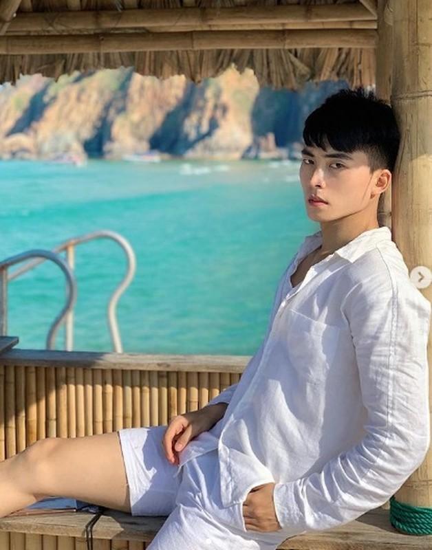 """Chan dung chang thi ve """"6 mui"""" dong canh nong voi Denis Dang-Hinh-5"""