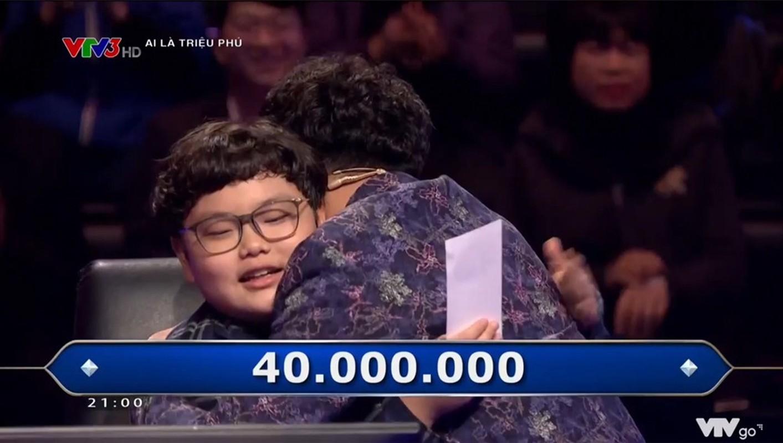 """Ve dang yeu con trai giup Xuan Bac rinh 40 trieu """"Ai la trieu phu""""-Hinh-3"""