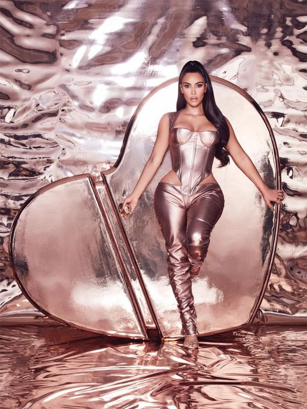 Tu co gai vo danh, Kim Kardashian tro thanh ty phu USD ra sao?-Hinh-7