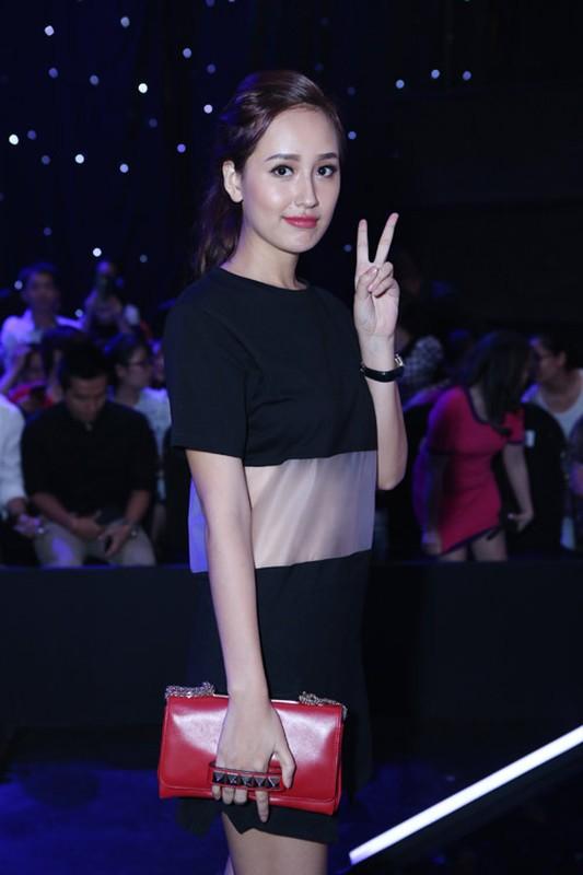 """Set do xuyen thau """"doc la"""" cua Hoa hau Mai Phuong Thuy-Hinh-8"""
