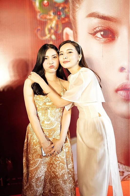 Tinh cu cua Quang Le lo than hinh