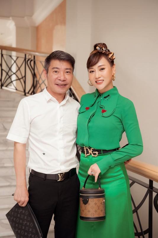 "Dien cay xanh ra mat phim moi, Phuong Oanh bi treu ""con sau rau""-Hinh-4"