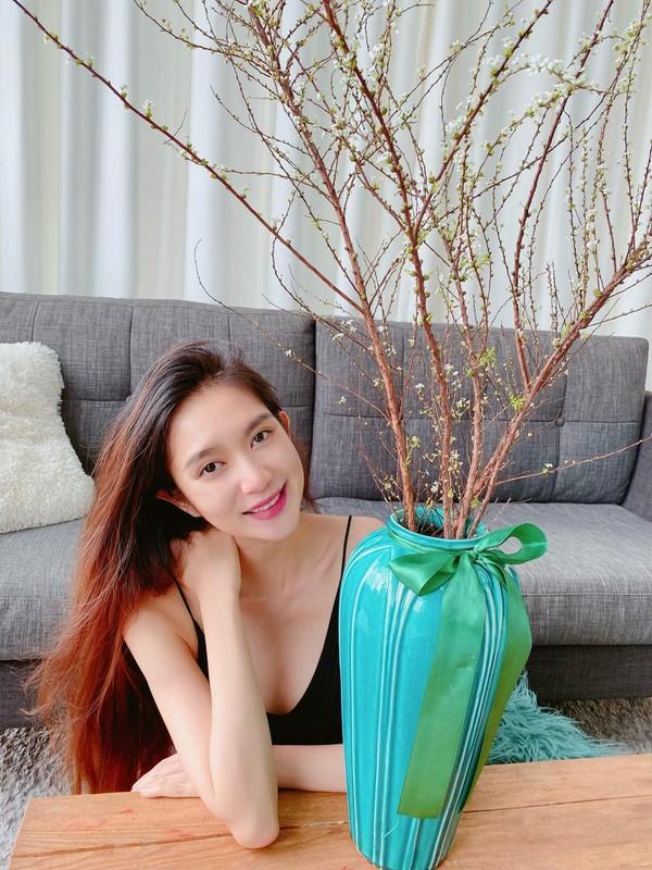 Vo Ly Hai khoe eo thon, dang nuot sau 4 lan sinh no-Hinh-7