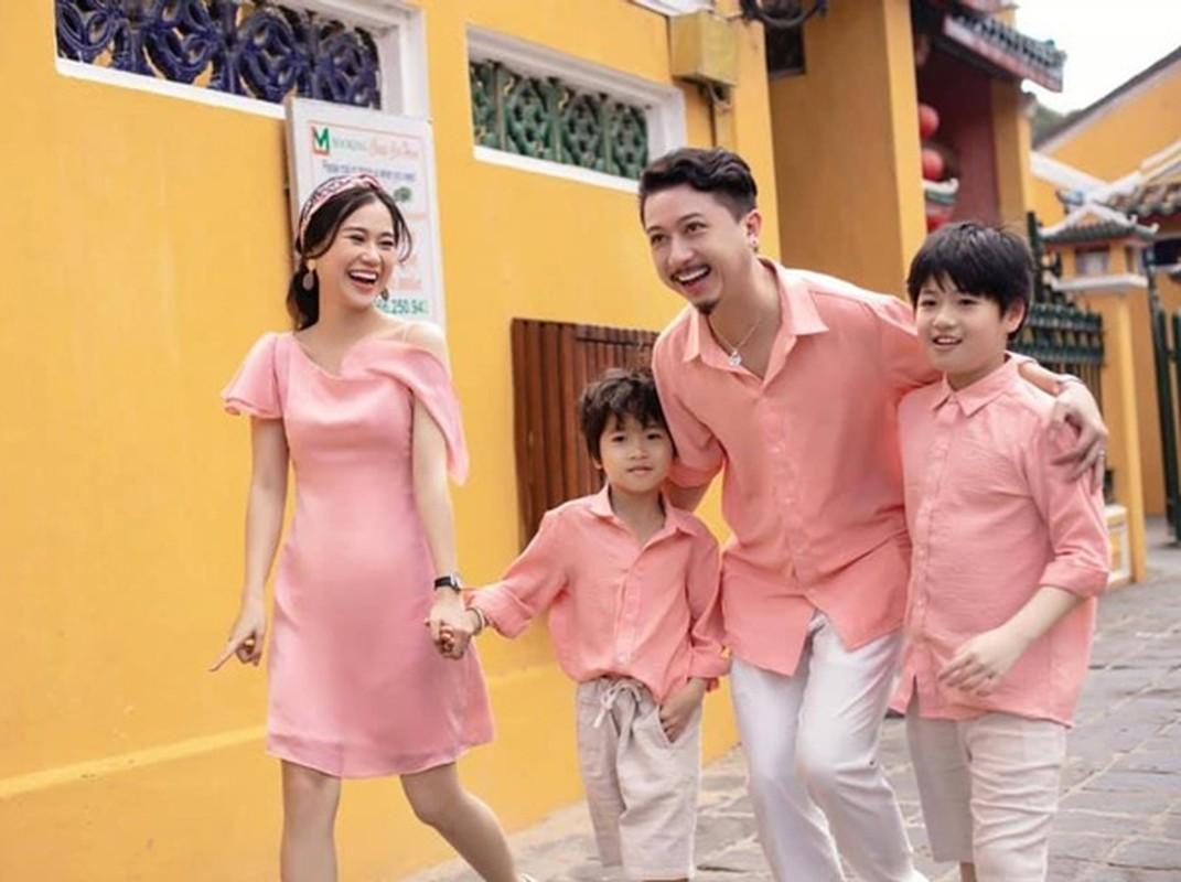"Lam Vy Da ""thang hang"" nhan sac chinh ban than cung ngo ngang-Hinh-10"
