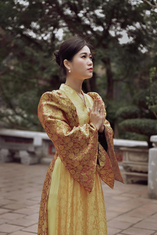 "Lam Vy Da ""thang hang"" nhan sac chinh ban than cung ngo ngang-Hinh-4"