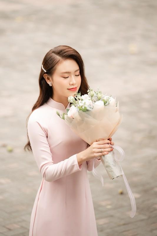 Nhan sac ngot ngao cua Top 10 HHVN 2016 lam giang vien o tuoi 24-Hinh-10